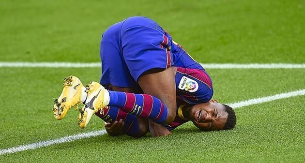 Barcelona confirm promising winger Ansu Fati could be out for several months - Bóng Đá